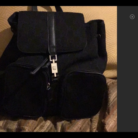 Gucci Handbags - Authentic Gucci bag